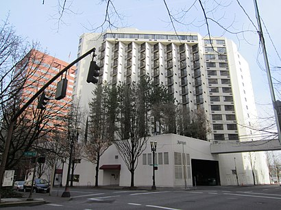 Comment aller à Portland Marriott Downtown Waterfront en transport en commun - A propos de cet endroit