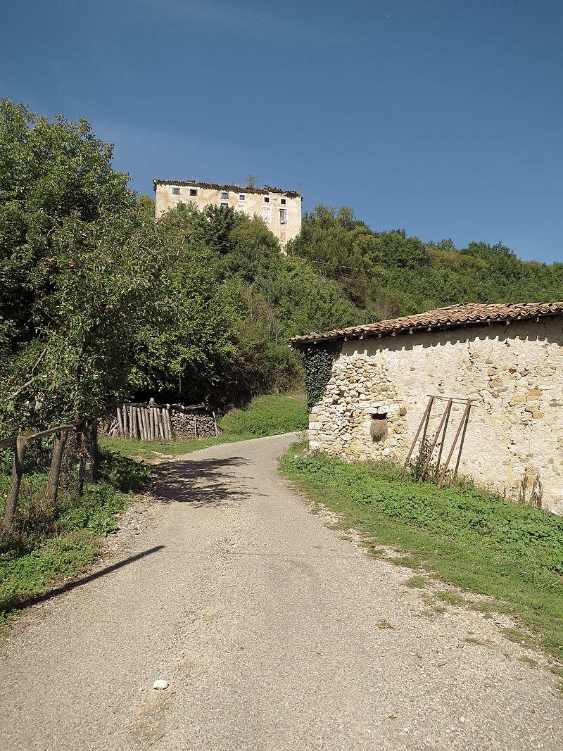 Mauvezin-de-Sainte-Croix - Château de Mauvezin - 20150924 (1).jpg