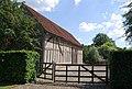 Mediaeval Barn, Bassett's Farm - geograph.org.uk - 1378048.jpg