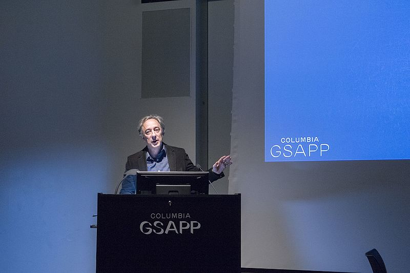 File:Michael Kimmelman speaks at Columbia GSAPP.jpg