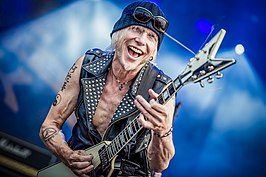 1000  images about Schenker/ufo on Pinterest | Weapons, Bass and ...