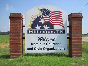 Millington, Tennessee - Image: Millington TN 02 welcome sign Singleton Pkwy