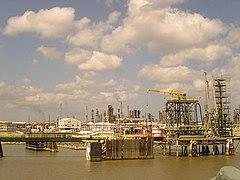 Mississippi refinery.jpg