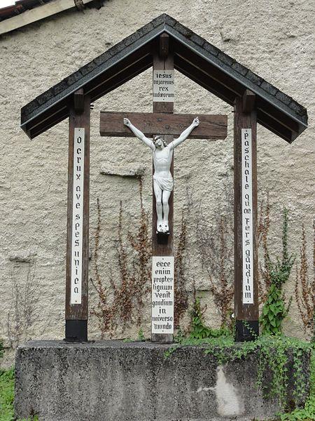 Montplonne (Meuse) croix, enclos de l'église