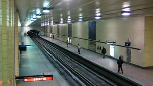 1966 in Canada - Montreal Metro opens