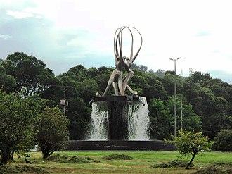 Timóteo - Image: Monumento Sinergia, Timóteo MG