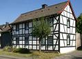 Morenhoven Fachwerkhaus Hauptstraße 135 (01).png