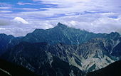 Mount Yari from Mount Noguchigoro 1995-08-13.jpg