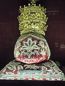 Muenchen Residenz Head of Saint Lucius I.jpg