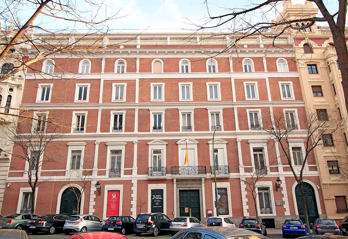 Museo nacional de artes decorativas wikipedia la for Direccion madrid espana