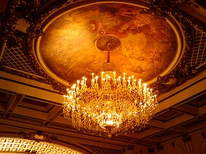 Cincinnati Music Hall - Detail of the auditorium crystal chandelier