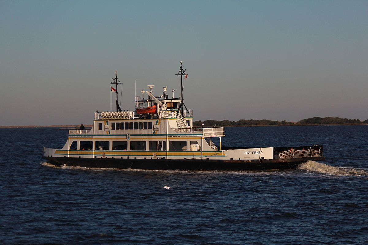 Fort Fisher Ferry - Wikimedia.org