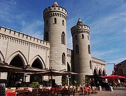 Nauener Tor mit Restaurants und Cafés