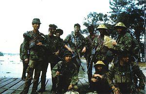 Stoner 63 - Image: Navy SEALS Juliet Platoon