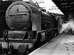 Night-Mail 1936 GPO documentary train 6115 in station.jpg