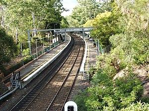 Normanhurst railway station - Northbound view in May 2006