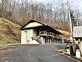 Old Thunderbird Motel, Cherokee, NC (32767254308).jpg