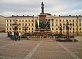 One Of The Squares, Helsinki - panoramio.jpg