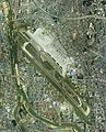 Osaka International Airport Aerial photograph 1985.jpg