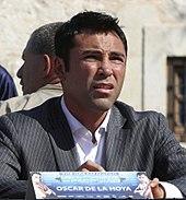 http://upload.wikimedia.org/wikipedia/commons/thumb/e/ec/Oscardelahoya_vs_pacquiao.jpg/170px-Oscardelahoya_vs_pacquiao.jpg