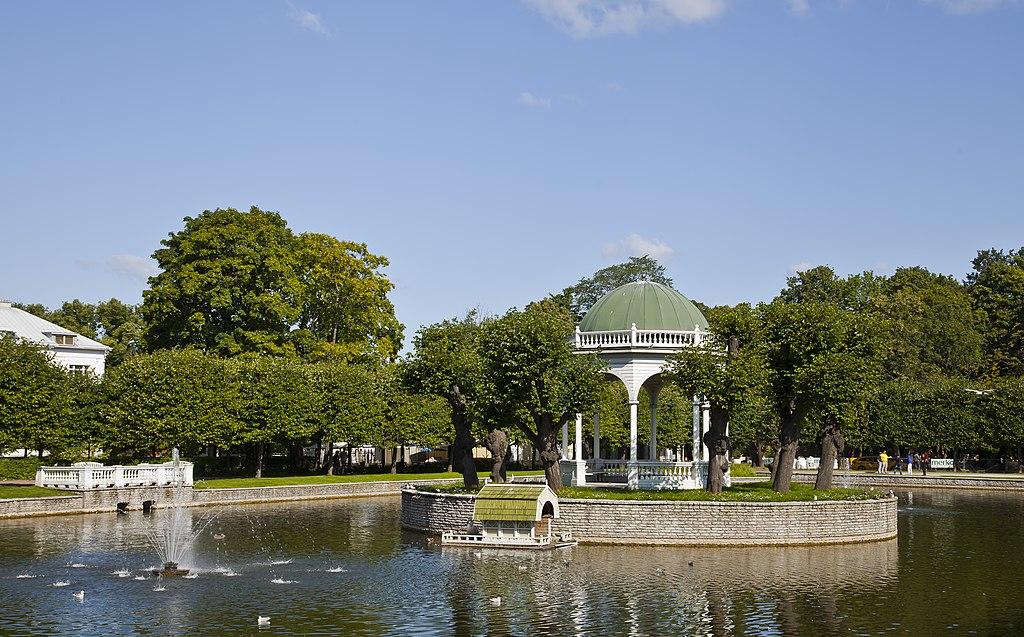 Parque de Kadriorg, Tallinn, Estonia, 2012-08-12, DD 06