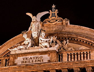 Teatro Massimo Bellini - Detailed view of the front