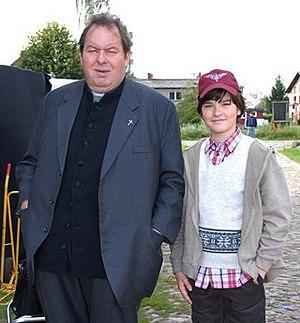 Ottfried Fischer - Fischer with Patrick Mölleken on the set of Pfarrer Braun.