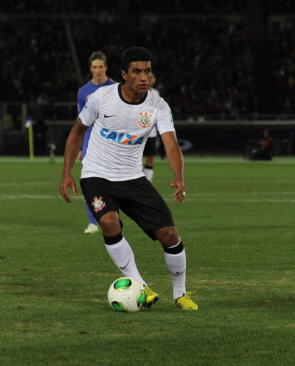 Paulinho 2012 FIFA Club World Cup