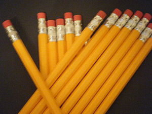 English: a pile of pencils