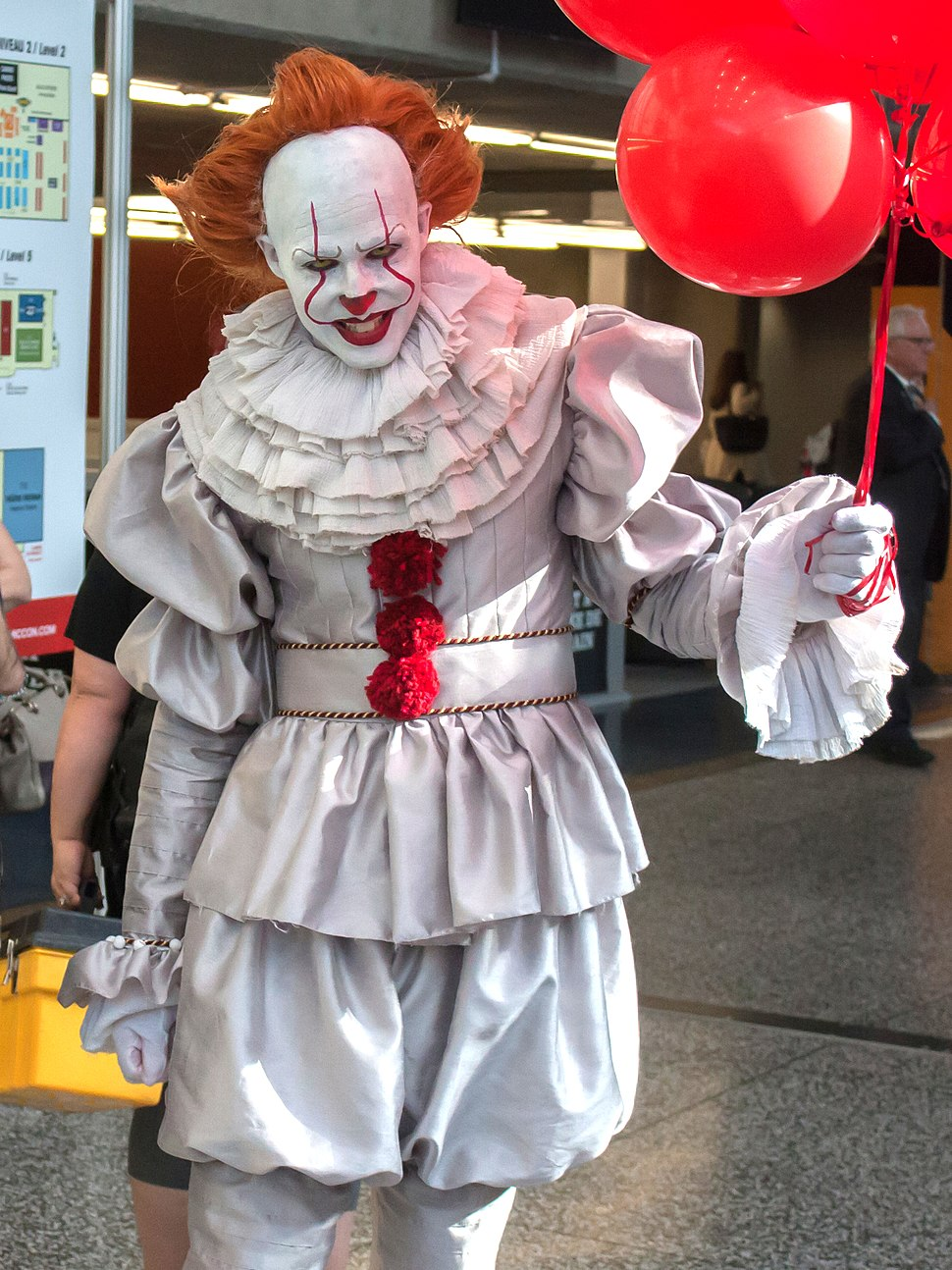 Pennywise Cosplay 1