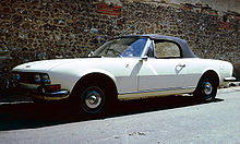 Peugeot 504 Cabriolet a Chartres.jpg