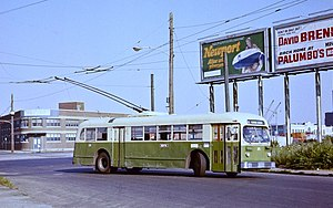 Trolleybuses in Philadelphia - Already 31 years old at the time, ACF-Brill TC44 trolley bus 215 turning at the east end of route 79 in 1978