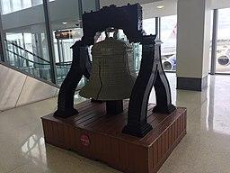 PhillyAirportLibertyBellLegos