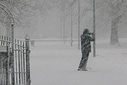 Photographing the snow in Whitworth Park, Moss Side, Manchester - panoramio.jpg