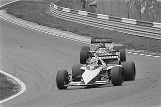 Brabham BT52 - Piquet leading Michele Alboreto at the 1983 Dutch Grand Prix