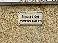Plaque impasse Vignes Blanches St Jean Veyle 2.jpg