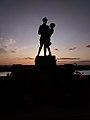 Pomnik ułana z dziewczyną w Grudziądzu.jpg