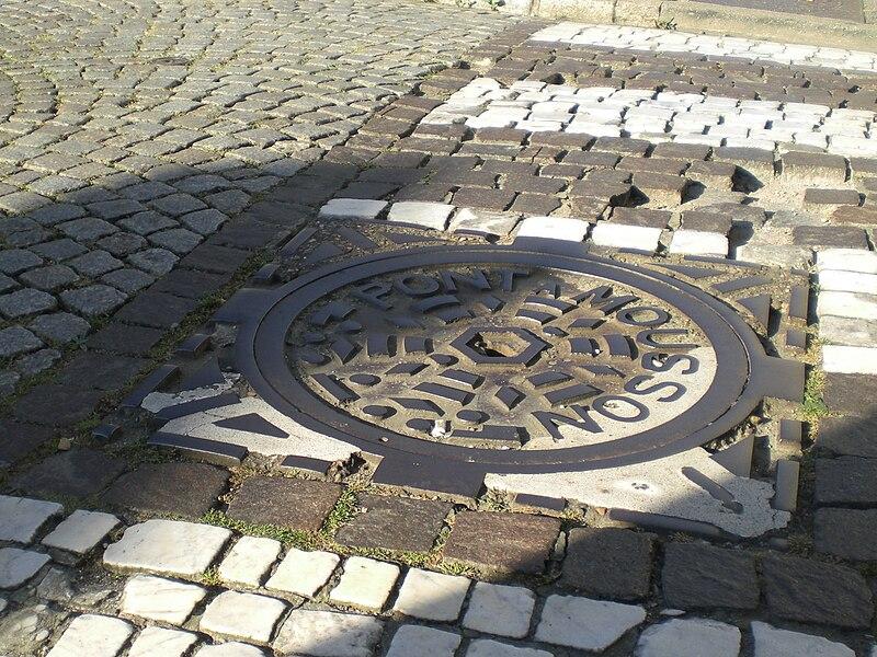 Manhole cover in Pont-à-Mousson