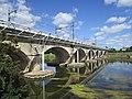 Pont Parc Honoré de Balzac Tours.jpg