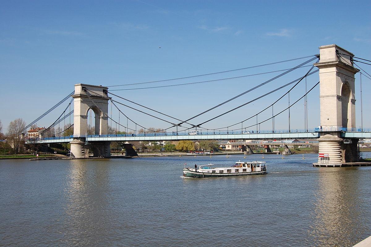 Pont du port l 39 anglais wikip dia for Maitre d oeuvre en anglais