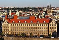 Praha Právnická fakulta z Letné.jpg