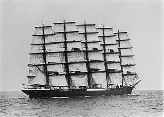 Sail plan - Image: Preussen SLV Allan C. Green H91.250 378