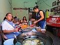 Puesto de gorditas fritas en Querétaro 04.jpg