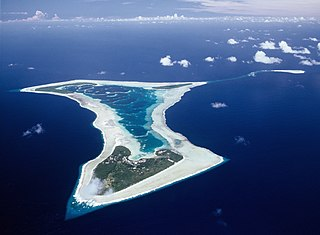 Atoll in the northern Cook Islands