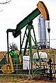 Pumpjack operating at an oil well in Natchez, Mississippi.jpg