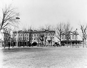 Officers Quarters, Washington Navy Yard - Quarters A  and the Latrobe Gate (left) c1900