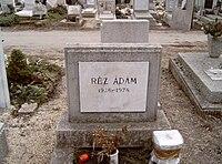 Réz Ádám sírja.jpg