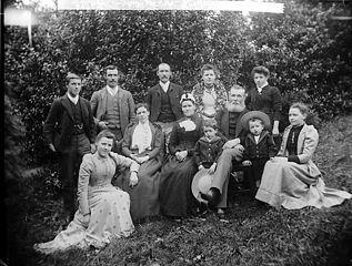 Revd William Lewis and family