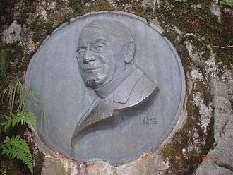 Kamikōchi - Commemorative plaque dedicated to Rev. Walter Weston, a leader in the effort to preserve Kamikōchi as a designated national park