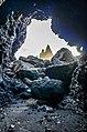 Reynisfjara tunnel (15849558843).jpg